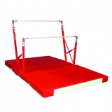 Training freestanding asymmetric bars with folding mat and trolley