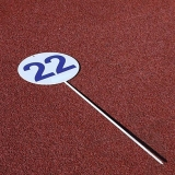 Competition round marker with one pin for throwing athletic events DM70-S0321