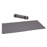 Mat for fitness training, rollable, slip-proof bottom side